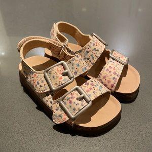 WORN ONCE - Zara floral sandals